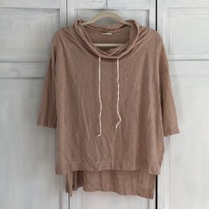 Light cowl neck sweatshirt